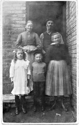 William&Mary Johnson with Grandchildren William&Mary and daughter Sally ca 1910